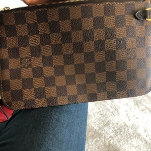 Louis Vuitton Bags - Louis Vuitton Damier Ebene Zipper clutch